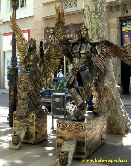 живые статуи - достопримечательности Барселоны