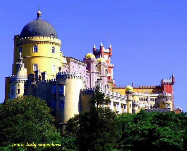 Дворец Пена в Синтре. Португалия.
