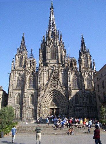 Готический квартал Барселоны. Кафедральный Собор