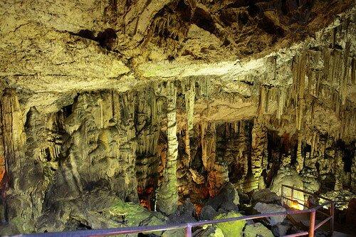 Остров Крит Греция. Пещера Зевса
