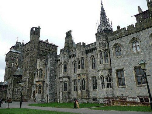 Замок Кардифф Уэльс