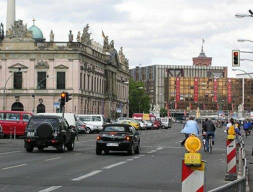 Унтер-ден-Линден (Unter den Linden Strasse), Берлин
