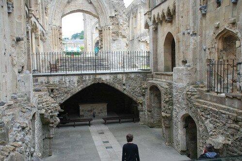 Гластонберийское аббатство. Англия