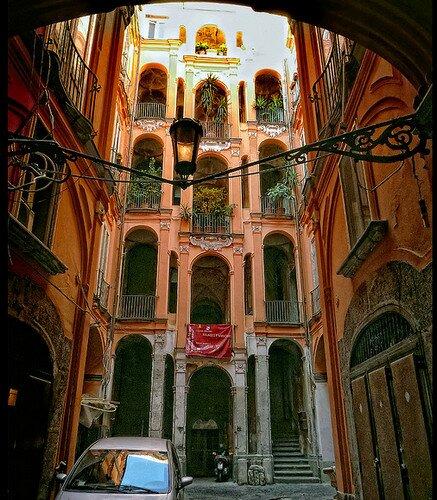 Неаполь, Италия