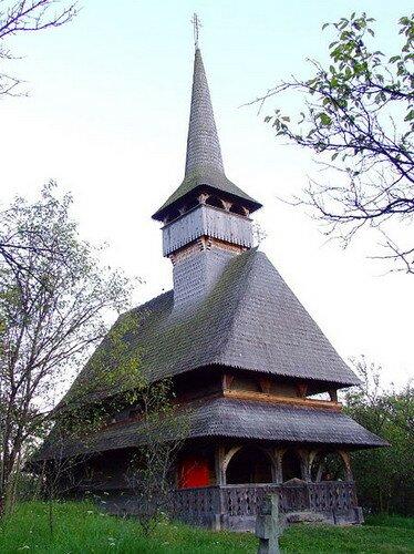 Деревянная церковь старого монастыря Бырсана