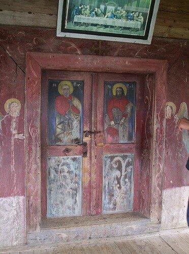Церковь Св. Параскевы в Поиениле Изеи