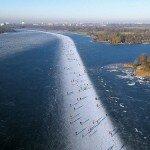 Ледяной каток на озере Патерсволдсемер. Покатаемся?