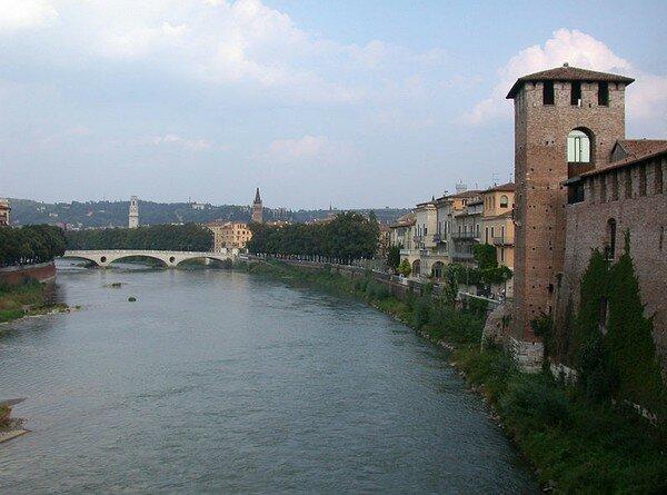 Река Адидже, Верона