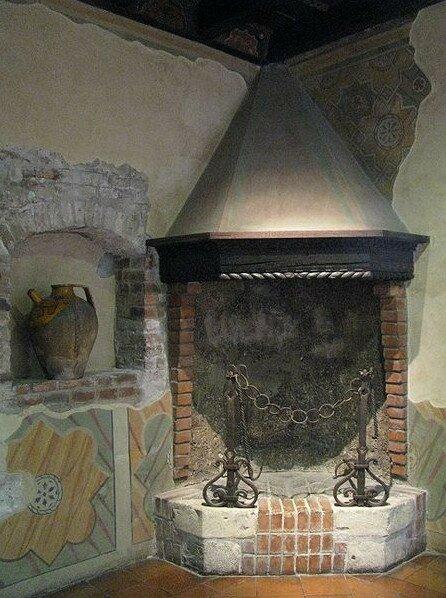 Камин в доме Джульетты