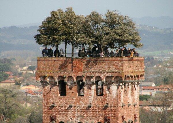 Башня Гуиниджи, Лукка Италия