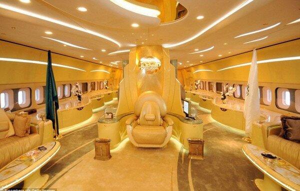 Самолет саудовского принца Аль-Валид