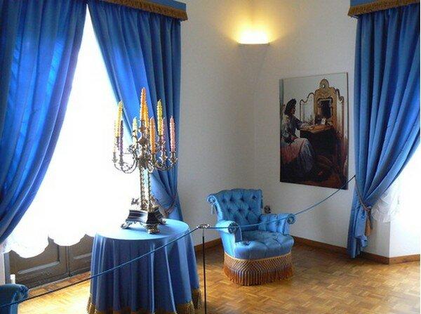 Замок Гала Дали Пуболь