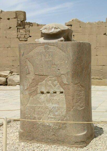 Карнакский Храм. Жук-скарабей