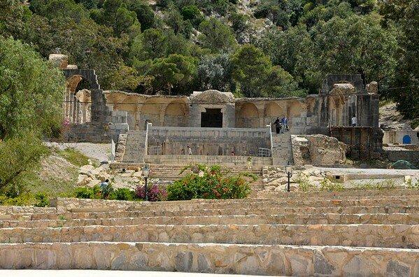 Храм Воды, Загван Тунис